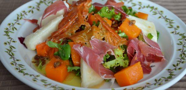 σαλάτα με ψητή κολοκύθα , κατσικίσιο τυρί και προσούτο
